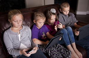 kids using screens